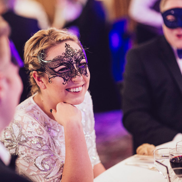 5 ways to use corporate event photography to capture the best of this year's Xmas party
