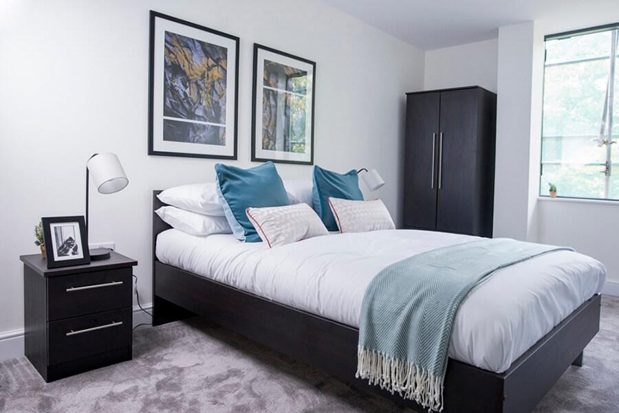 Regency Residential Bedroom Photo